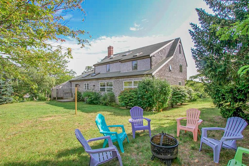 #207: Incredible Cape Cod home with spectacular ocean views, dog friendly!, vacation rental in North Truro