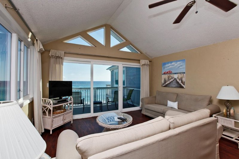 View of Living Area w/Gulf Views