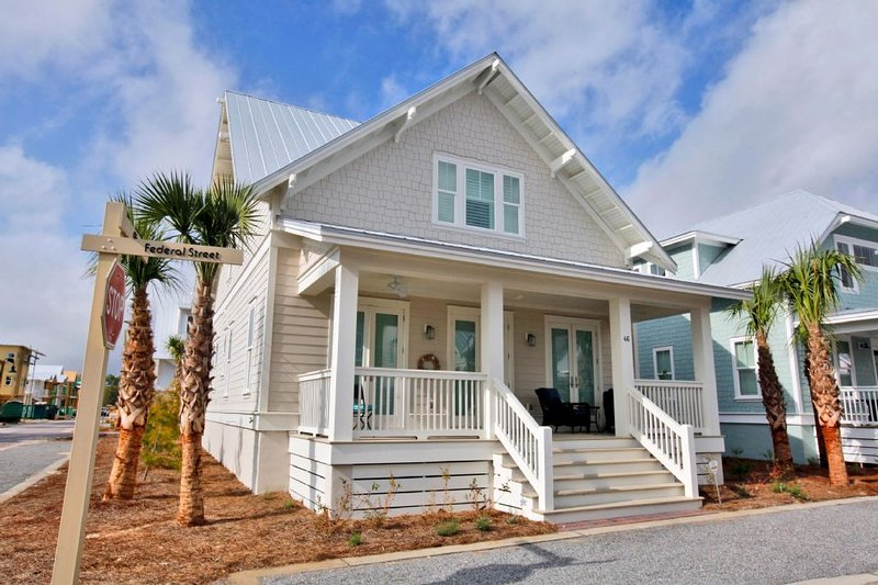 Prominence on 30A - Sol Mates Beach House