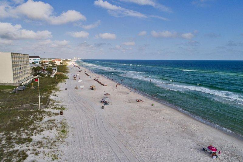 A pochi passi dalla spiaggia - Divertiti!