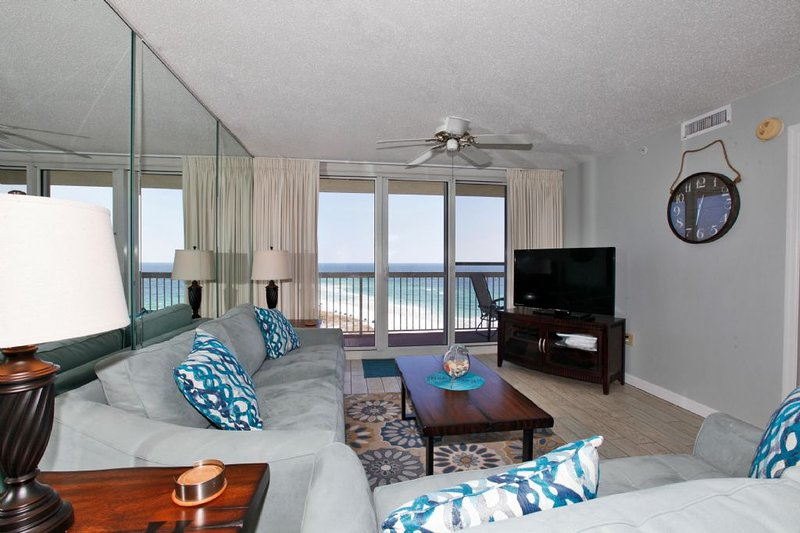 Pelican Beach Resort 1415 Has Shared Indoor Pool And