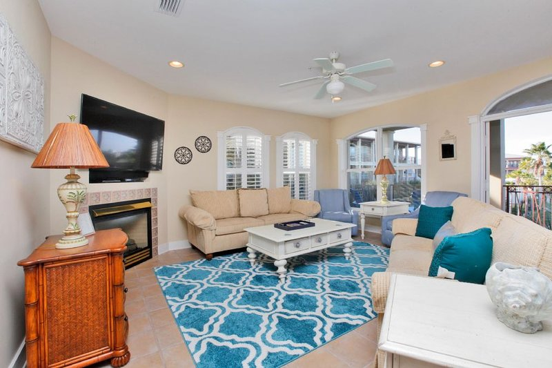 Living Area of Villas of Seacrest Beach C301