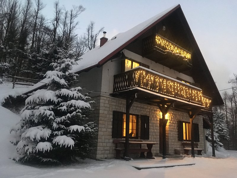 Kuća za odmor Gorski Raj / The Mountain Paradise Holiday House, holiday rental in Brestova