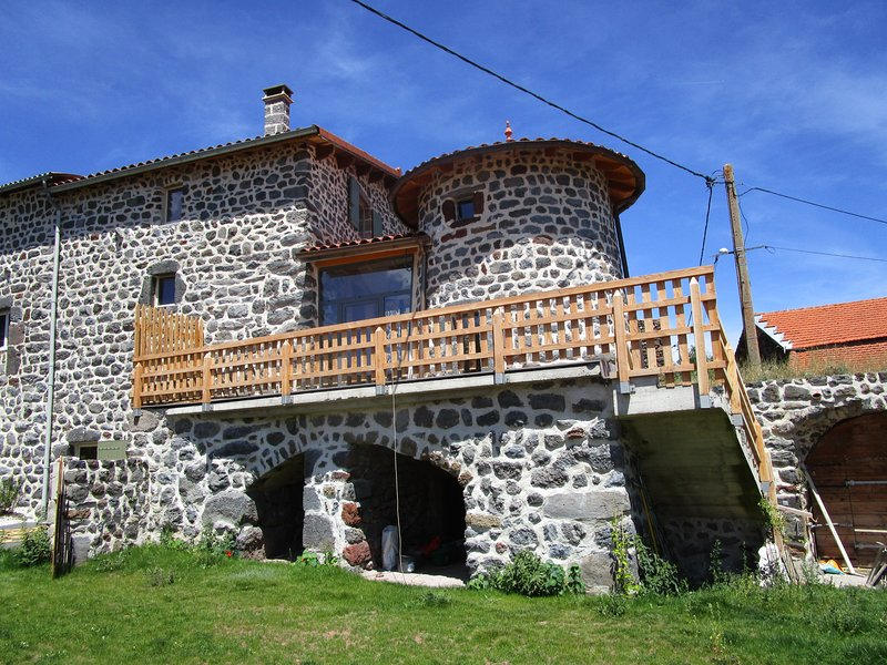 Gite 'La Tourterelle' 4 personnes, vakantiewoning in Lachapelle-Graillouse