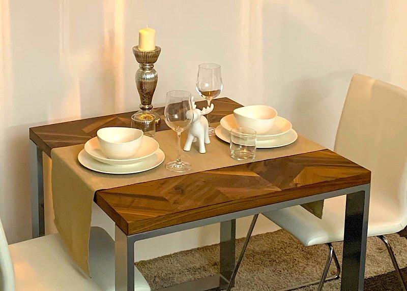Premium Apartment 66 m2 für 2 Gäste zentral gelegen, holiday rental in Solingen