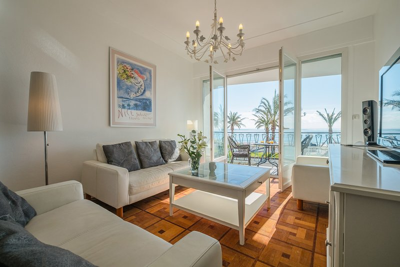 Lounge area looking out towards the Promenade des Anglais and the Baie des Anges