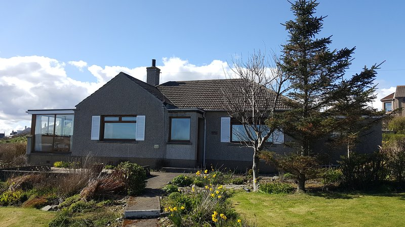 NC 500 Sea & Harbour View, vacation rental in Dunbeath
