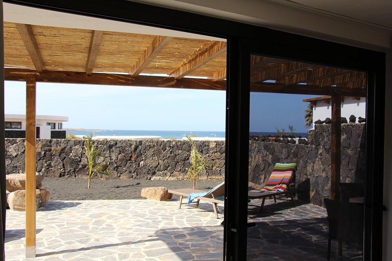 Studio: vista mare e giardino, terrazza solarium inclusa