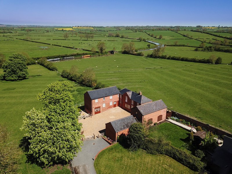 Oak Barn, Westfield Country Barns, Braunston, holiday rental in Weedon