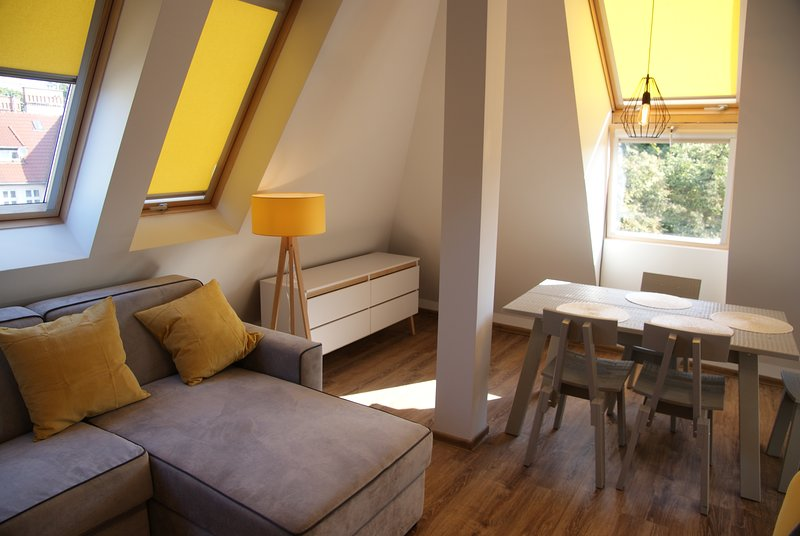 Sunny Attic Apartment near beach and town center, vacation rental in Jurata