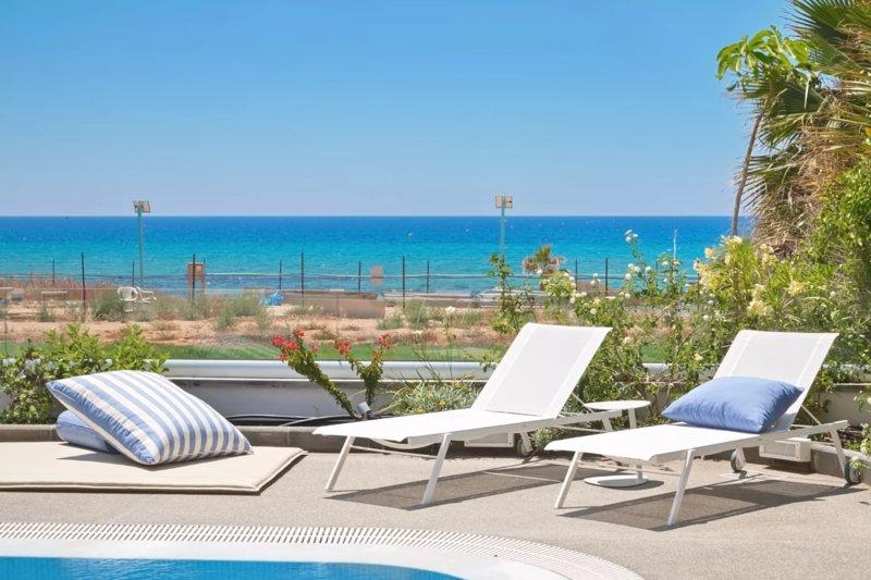Jacinda Seafront Villa - Cyprus, Cyprus