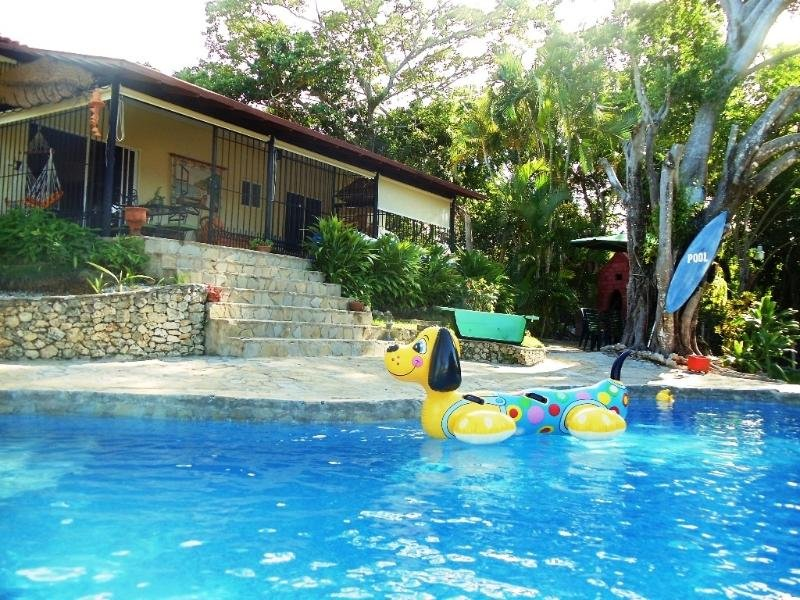 Villa Sun & Fun, the perfect 4 Bedroom, 4 Bath Villa for You, Friends and Family, vacation rental in Sosua