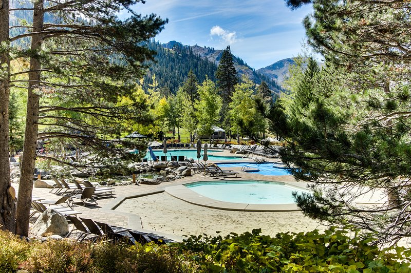 Resort at Squaw Creek condo w/ ski-in/out access, shared outdoor pool & hot tub Chalet in Squaw Valley
