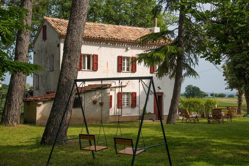Casa De Nonna Peppa, holiday rental in Cingoli