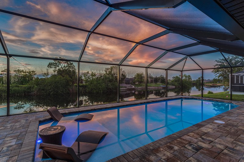 New family-friendly home w/ private pool & lanai, freshwater views, holiday rental in North Fort Myers