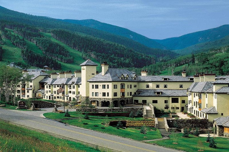 Photo of Ski-in/out condo with shared pool and hot tub, mountain views!