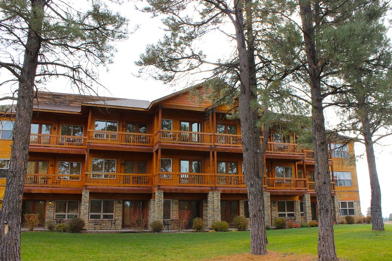 Delightful condo located w/ free WiFi - minutes to national forests, holiday rental in Pagosa Springs