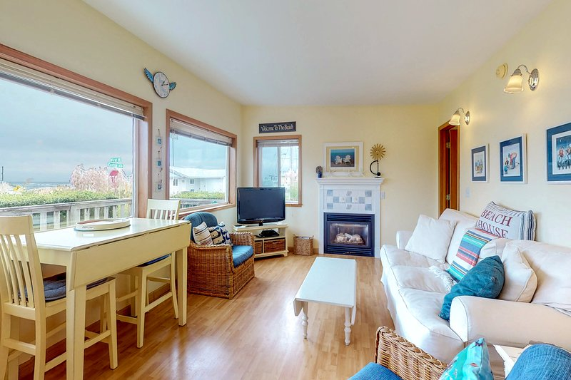 Gorgeous dog-friendly cottage one block to the beach, holiday rental in Pacific Beach