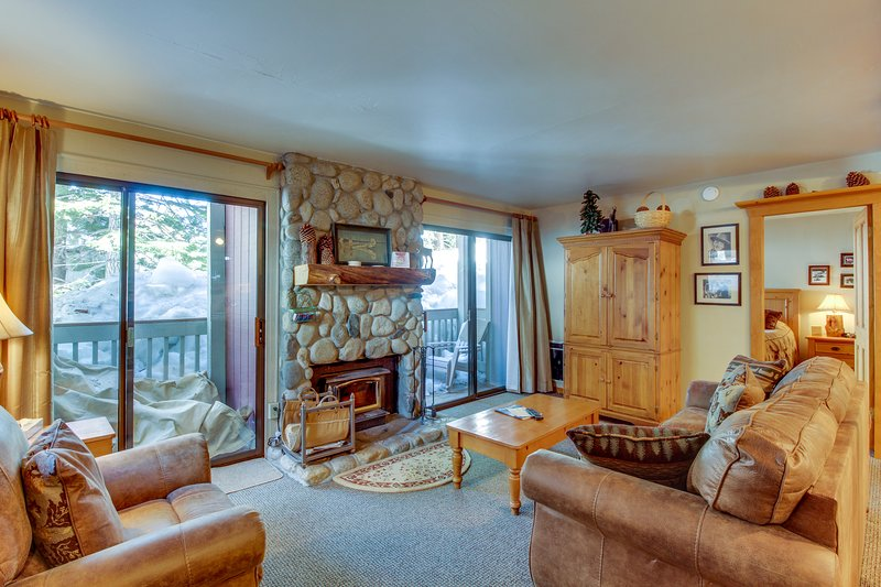 Walk to Village Gondola from this getaway with shared hot tub, pool, and sauna Chalet in Mammoth Lakes