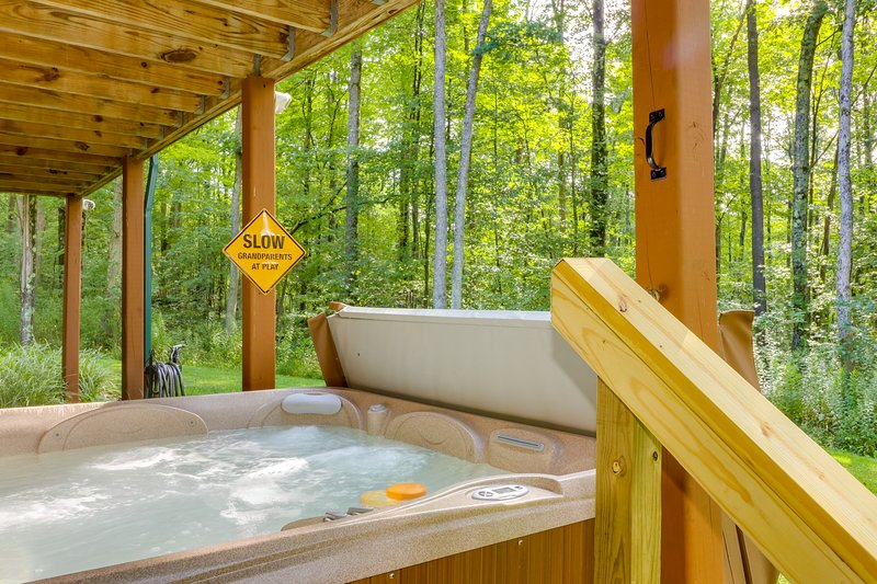 Beautiful Cabin In The Woods W Private Hot Tub Amp Game Room