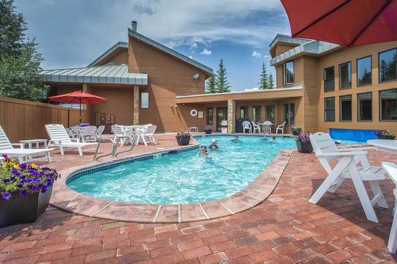 Photo of Spacious townhouse with private hot tub, shared pool & tennis