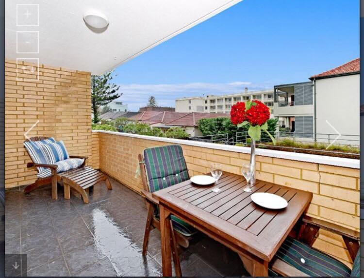 1 Bedroom Beachside Apartment, vacation rental in Bondi
