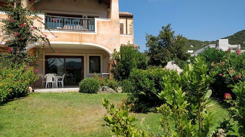 Trilocale Cannigione 'AffittoCannigione' in Sardegna (5 min dalla costa smeralda – semesterbostad i Cannigione