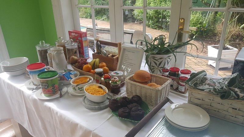Table de petit déjeuner