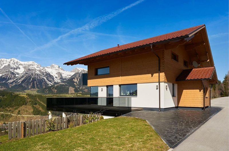 LUXURY MOUNTAIN CHALET FASTENBURG, location de vacances à Rohrmoos-Untertal