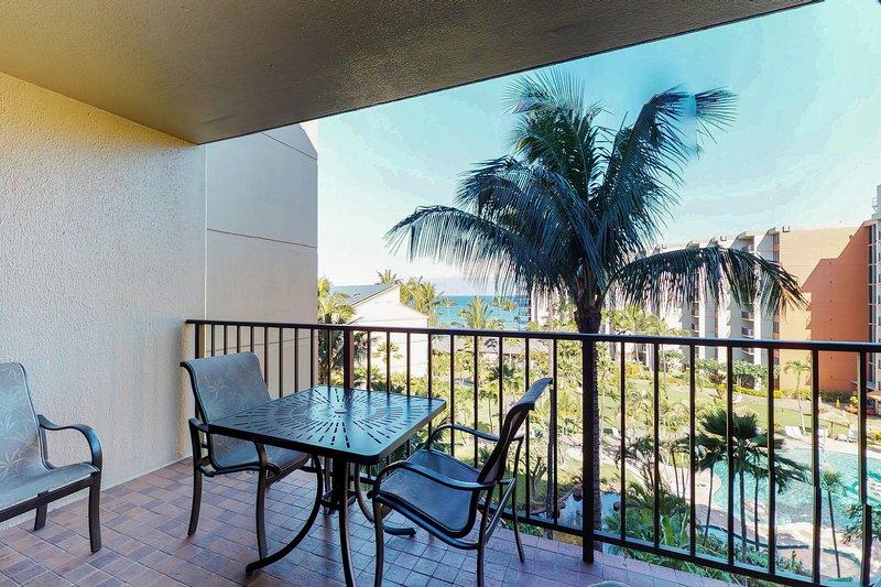 Kaanapali Shores condo w/ easy beach access, resort pools, hot tubs!, holiday rental in Lahaina