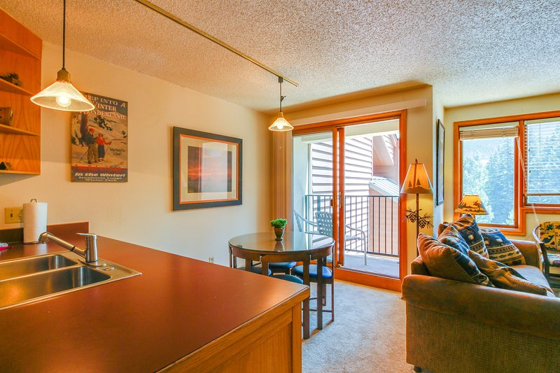 Photo of Ski-in/Ski-out studio condo w/ balcony & shared pool - year-round activities