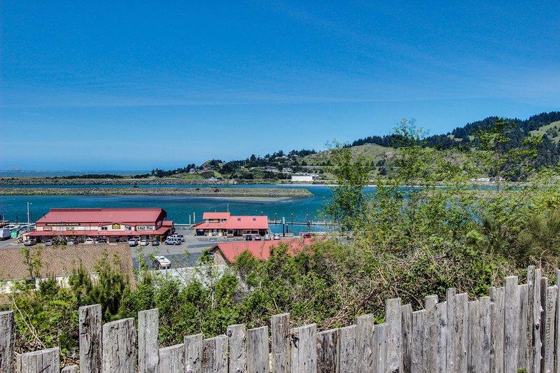 Cute, dog-friendly cottage with bay and ocean views - close to the beach, aluguéis de temporada em Wedderburn