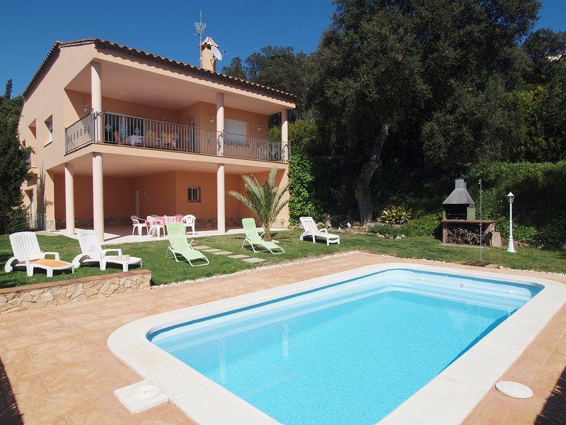Kerstin Bruns - Casa Manel con piscina privada, location de vacances à Tossa de Mar
