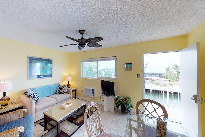 Canal front condo w/amazing views, convenient location, vacation rental in Marathon Shores