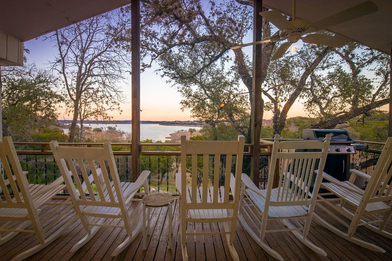 SkyRun Property - 'TEXAS ROSE LODGE' - Waterfront view of Canyon Lake from the raised deck