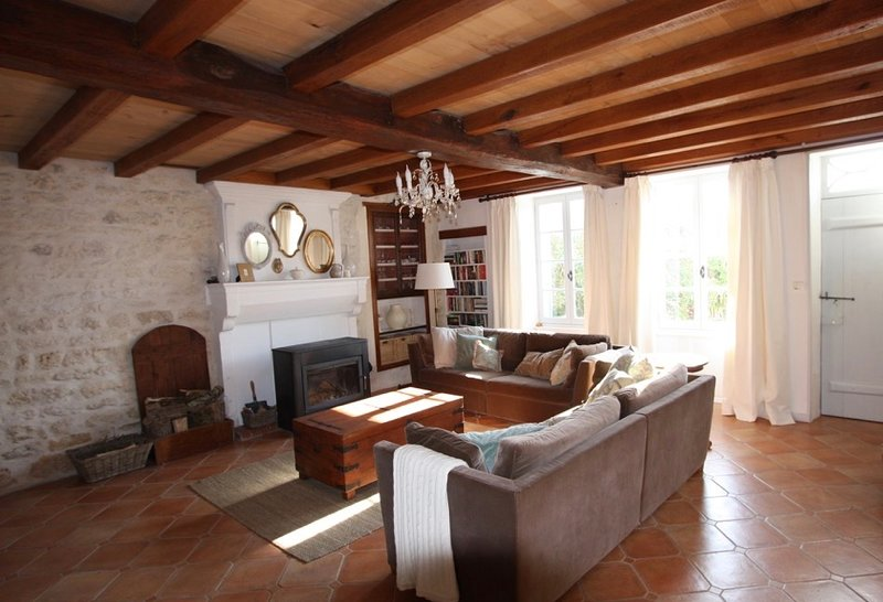 L'Échappée Douce - a perfect escape in rural France, holiday rental in Cresse