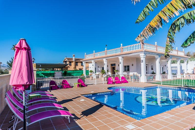 Cubo's Villa San Jose, holiday rental in Alhaurin el Grande