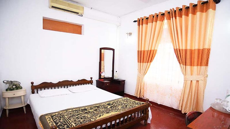 Suriya Ocean Villa, vacation rental in Kalutara