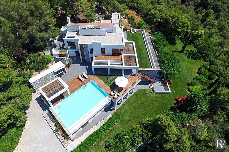Sodi Villa Sleeps 12 with Pool Air Con and WiFi - 5742647, holiday rental in Akrotiri