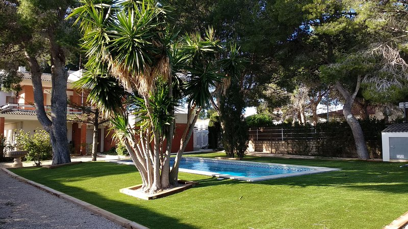 Villa Salitre con piscina privada, vacation rental in Calafat