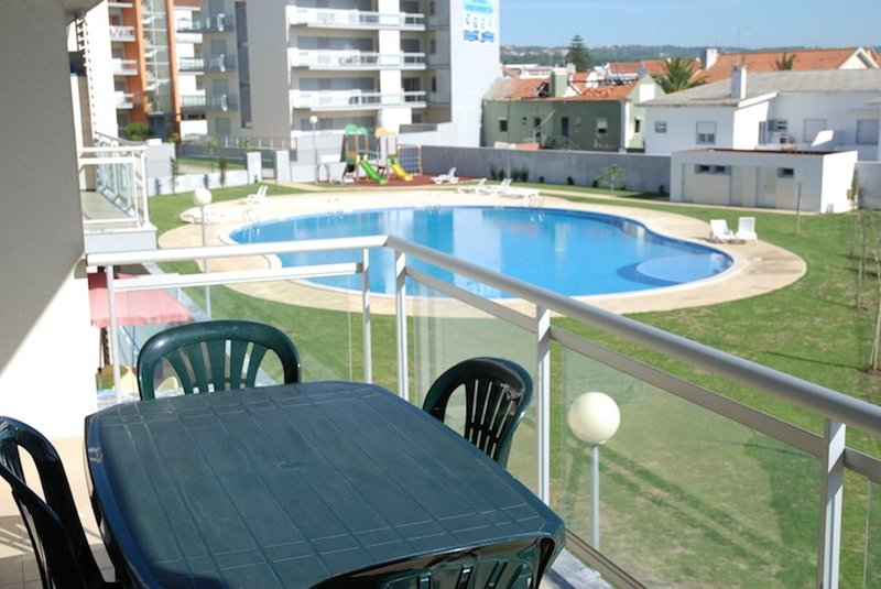 Coast, holiday rental in Alfeizerao