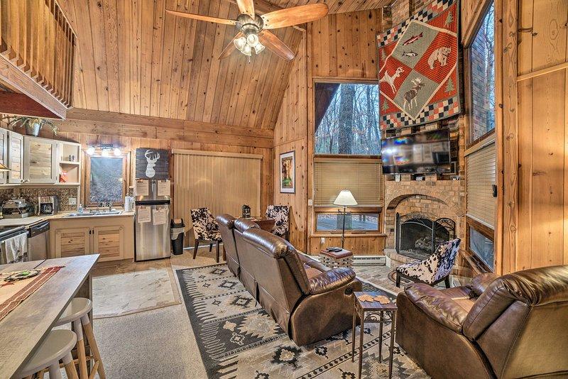 Cozy Massanutten Resort Cabin - Near Attractions!, holiday rental in Elkton