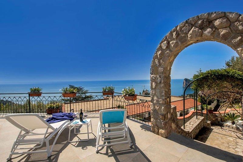 Villa Sea Breeze, holiday rental in Sirenuse