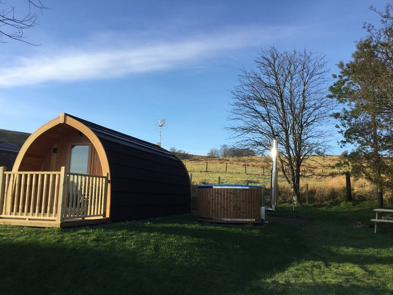 Stoneymollan Luxury Pods Loch Lomond - Juniper, holiday rental in Loch Lomond and The Trossachs National Park