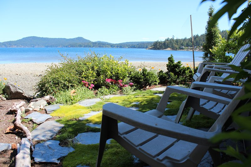 Westburn Seaside Cottages - Sweetgrass Cottage, vacation rental in Sooke