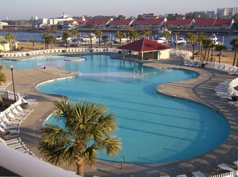 Barefoot Resort Pool For Guests.