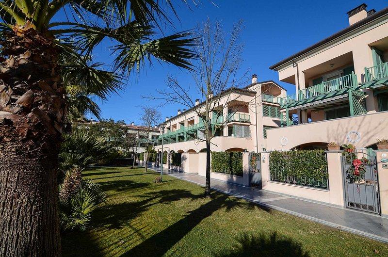 Forte Dei Marmi Apartments - Studio, holiday rental in Forte Dei Marmi