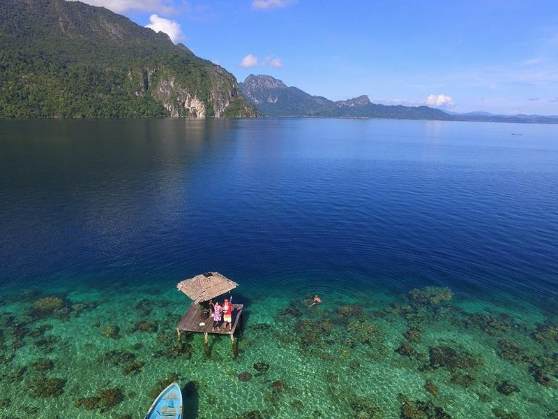 Ora Sunrise View Resort (Bedroom 7), holiday rental in Maluku
