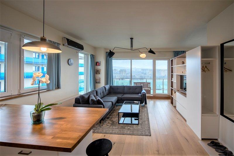 ZEN Vista Apartment, vacation rental in Cluj County