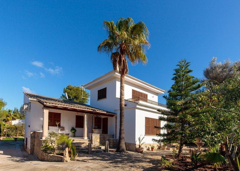 ES FASSER BONAIRE Villa a 500 m del Mar, location de vacances à Alcudia